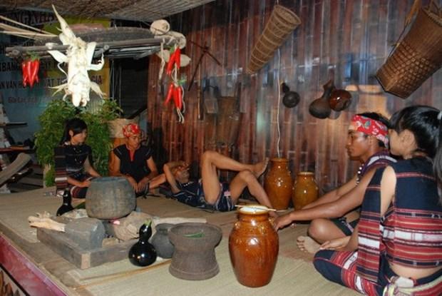 巴那族史诗——西原地区各民族文化生活中的美 hinh anh 1