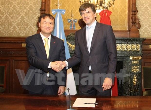 阿根廷副总统:越南是阿根廷贸易投资最为重要的伙伴之一 hinh anh 2