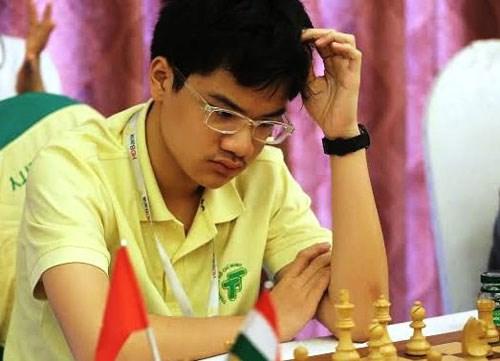 2017年青少年国际象棋锦标赛:阮英魁二度夺金 hinh anh 1