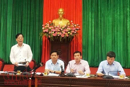 越南各地纷纷举行俄国十月革命胜利一百周年纪念活动 hinh anh 1