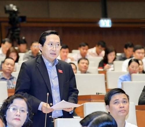 越南第十四届国会第四次会议:将物流服务发展成为拳头产业 hinh anh 3