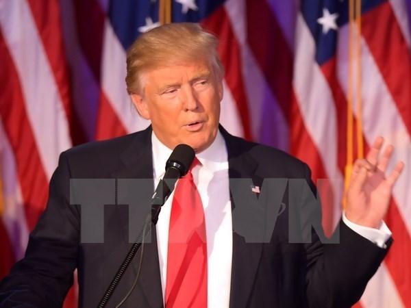 美国媒体对特朗普总统赴越出席2017年APEC领导人非正式会议作出评价 hinh anh 1