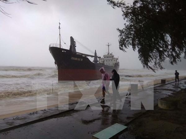 政府总理下达通知要求紧急救助海上失踪船员和渔民 hinh anh 1