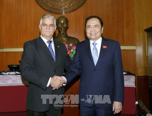 进一步增进越南与古巴友谊和团结 hinh anh 1