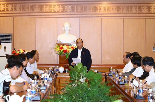 阮春福:会安市须做好灾后环境卫生大整治工作 确保APEC领导人会议周顺利进行 hinh anh 2
