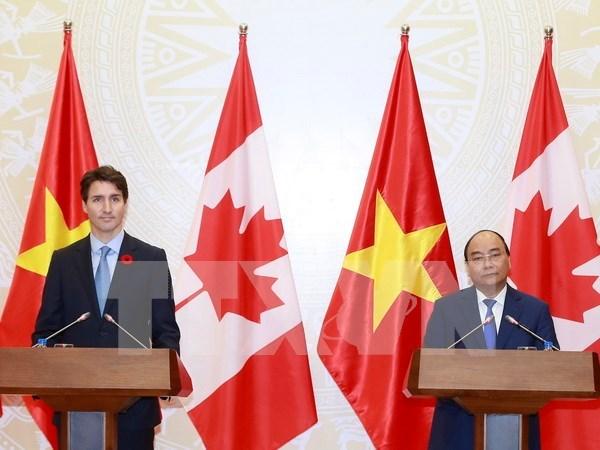 阮春福:越加建立全面伙伴关系为促进两国合作开辟新篇章 hinh anh 1