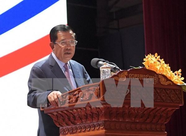 2017年APEC会议:柬埔寨首相洪森将率团赴越出席2017年APEC领导人会议 hinh anh 1