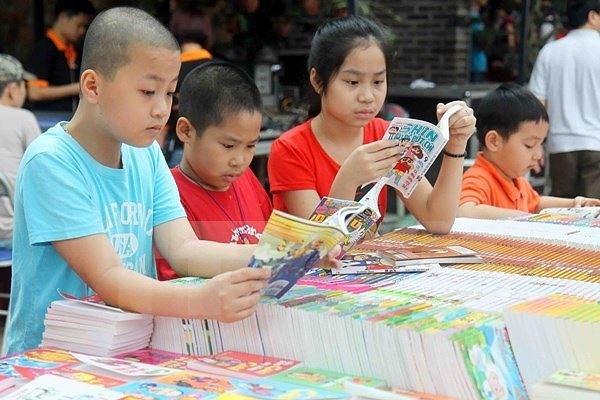 2017年秋季图书节在河内举行 hinh anh 1