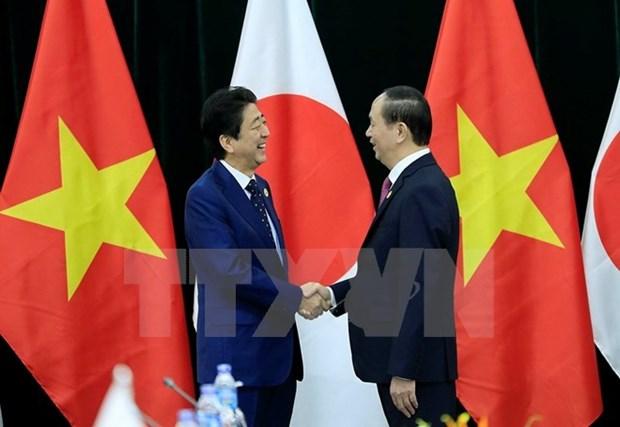 越南国家主席陈大光会见日本首相安倍晋三 hinh anh 1