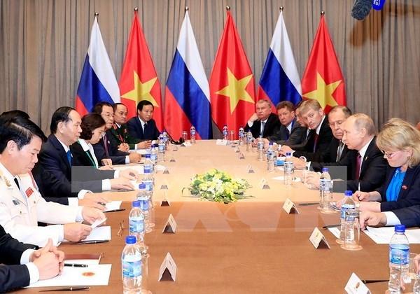 越南国家主席陈大光会见俄罗斯总统普京 hinh anh 2