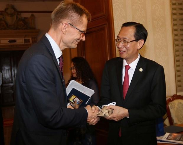 胡志明市与芬兰加强水资源管理和改革创新领域的合作 hinh anh 1