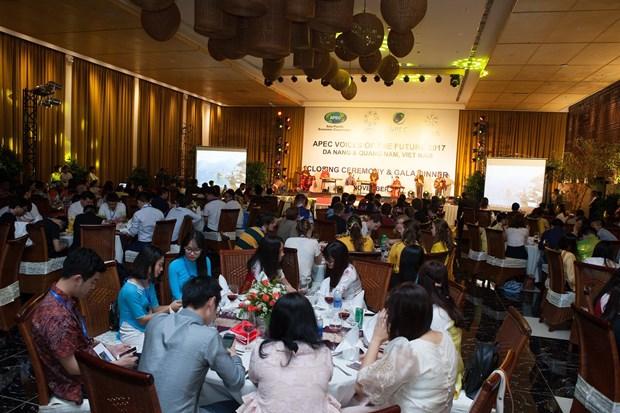 2017年APEC会议:未来之声论坛通过《青年宣言》 hinh anh 1