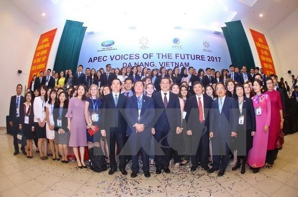 2017年APEC会议:未来之声论坛通过《青年宣言》 hinh anh 2
