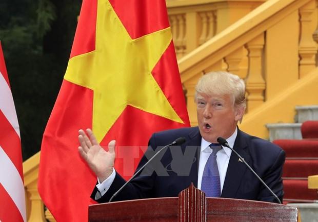 越南国家主席陈大光与美国总统特朗普召开联合新闻发布会 hinh anh 3