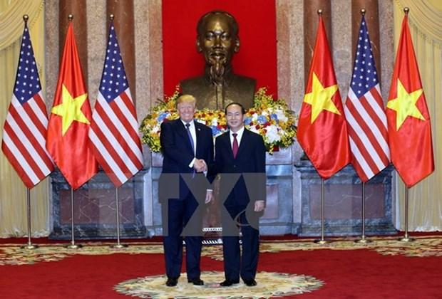 越南国家主席陈大光与美国总统特朗普举行会谈 hinh anh 2