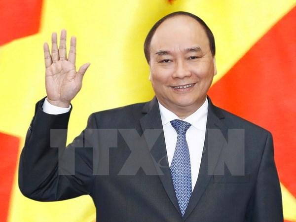 阮春福启程赴菲律宾出席第31届东盟峰会及系列会议 hinh anh 1