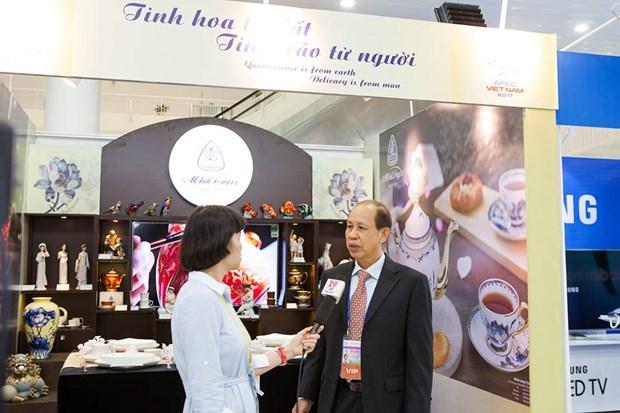 明隆瓷器亮相APEC——越南陶瓷行业之骄傲 hinh anh 7