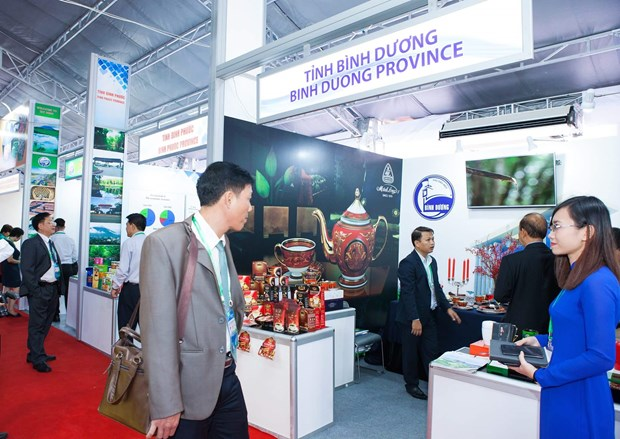 明隆瓷器亮相APEC——越南陶瓷行业之骄傲 hinh anh 8