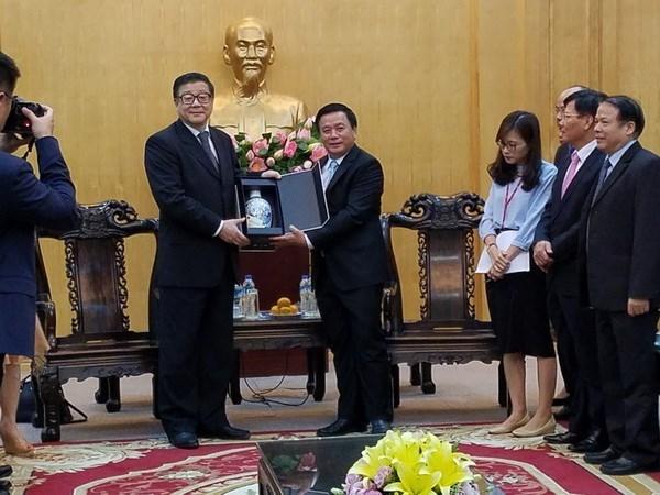 越南与中国加强马克思主义教育和政治理论研究合作 hinh anh 1