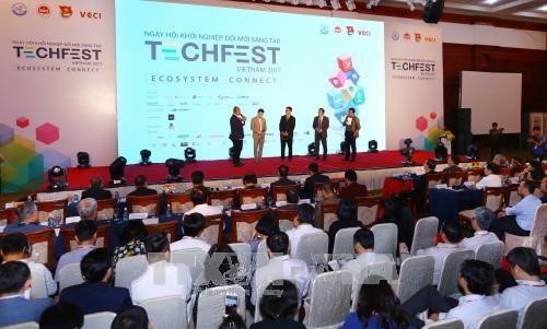 政府副总理武德儋出席国家创业创新节开幕式 hinh anh 2