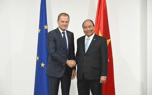 第31届东盟峰会:阮春福会见联合国秘书长和欧洲理事会主席 hinh anh 2