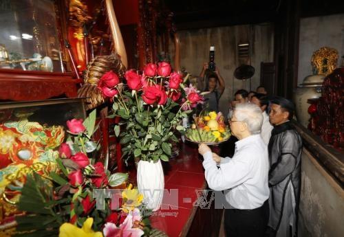 越共中央总书记阮富仲出席海防市全民族大团结日庆祝活动 hinh anh 4