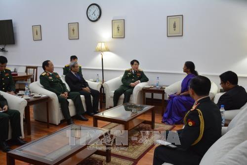 越南人民军高级代表团对印度进行访问 hinh anh 1