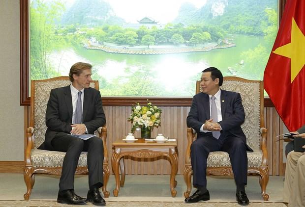 政府副总理王廷惠:越南重视2018年世界经济论坛年会 hinh anh 2