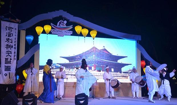 韩国安东文化节在会安市亮相 hinh anh 1