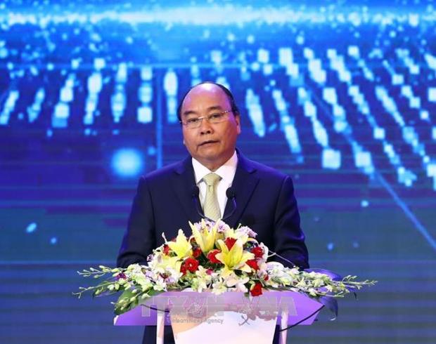 阮春福总理:国家兴亡取决于人才的引进、人才培养和人才使用 hinh anh 1