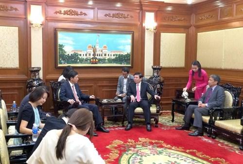 胡志明市与韩国各地加强合作 hinh anh 1
