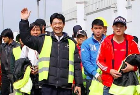 中国建设公司承诺为在阿尔及利亚越南劳工创造最好的条件 hinh anh 1