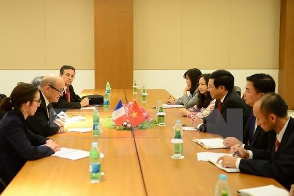 亚欧外长会议:越南政府副总理会见各国外长 hinh anh 1