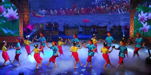 第七届南部高棉族同胞文化体育旅游节正式闭幕 hinh anh 1