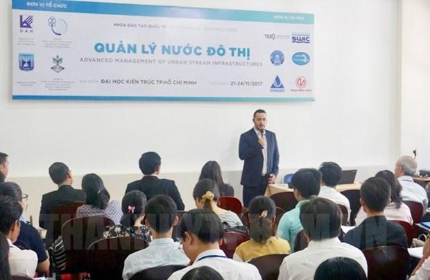 以色列愿与越南分享关于水资源管理领域的经验 hinh anh 1