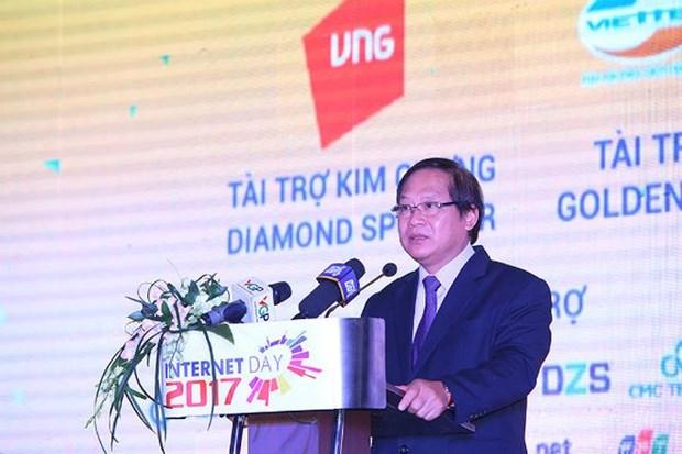 2017年互联网日:越南网民逾5000万人 在亚太地区排名第五位 hinh anh 1