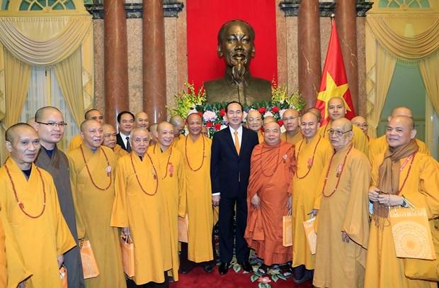 国家主席陈大光会见越南佛教协会代表团 hinh anh 1