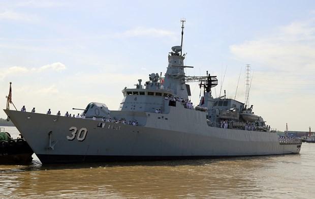 马来西亚皇家海军两艘军舰访问胡志明市 hinh anh 1
