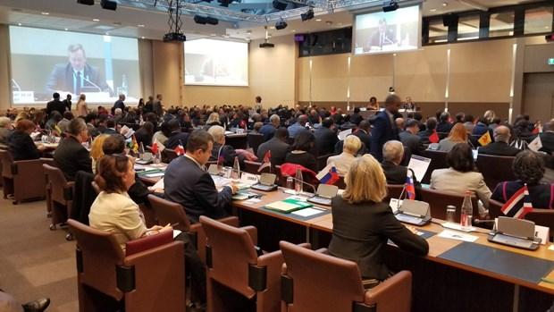 越南出席第34届法语国家组织部长级会议 hinh anh 1