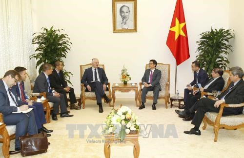 越南与波兰加强教育和科技合作 hinh anh 1