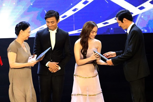 第20届越南电影节闭幕 4部最佳影片获金荷花奖 hinh anh 1
