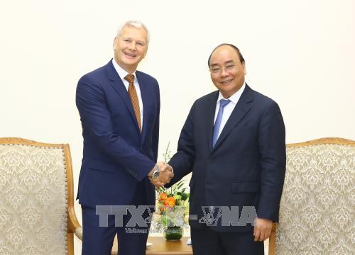 阮春福总理会见法国和澳大利亚集团领导 hinh anh 2
