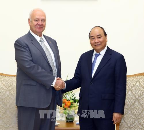 越南政府总理阮春福会见俄罗斯驻越特命全权大使 hinh anh 1