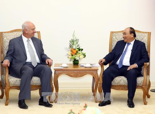 越南政府总理阮春福会见俄罗斯驻越特命全权大使 hinh anh 2