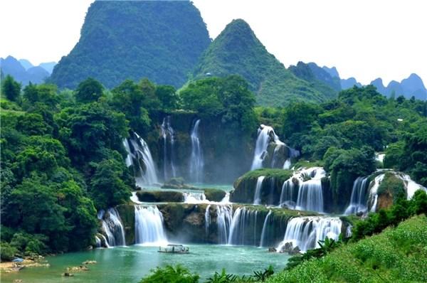 探索亚洲第一大跨国瀑布——板约瀑布 hinh anh 1