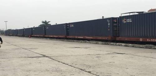 首趟越南至中国集装箱货运班列开行 hinh anh 1