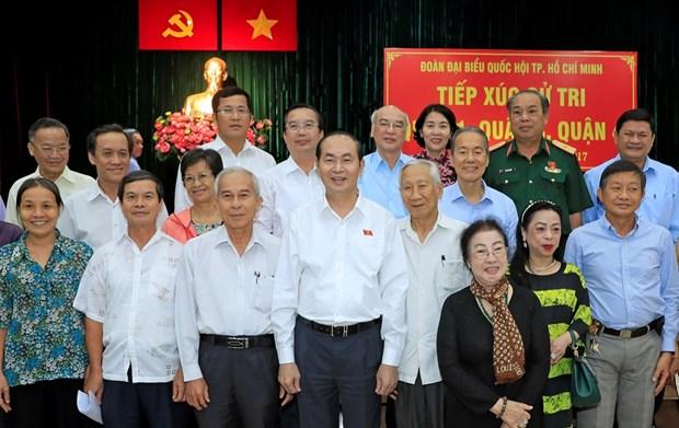 陈大光接待胡志明市选民:反腐工作要持之以恒的坚持下去 hinh anh 1