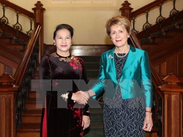 越南国会主席阮氏金银会见西澳大利亚州州长 hinh anh 1