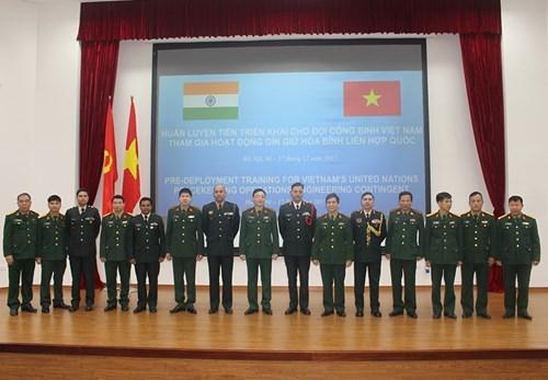 印度为越南维和工兵进行部署前培训 hinh anh 2