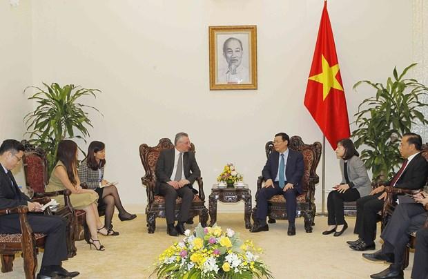 越南政府副总理王廷惠会见欧洲议会国际贸易委员会副主席 hinh anh 2